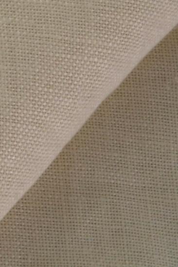 206ee3ca7 I tessuti sono prodotti con filati pregiati nello stabilimento di Tiggiano  e offrono una vasta scelta di articoli accontentando ogni richiesta.